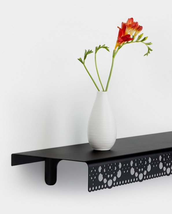 Granny wall shelf black